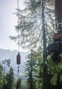 Holzseilung im Gebirge