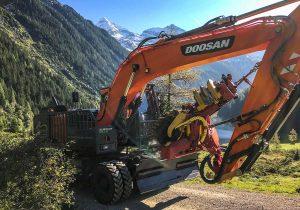 Doosan Dx210 mit Forstverbau und Prozessorkopf Woody60